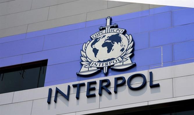InterpolOo Fariin U Dirtay Dawladda Shiinaha,Su'aalona Weydiisay