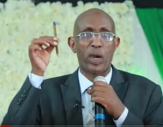 """Gudaha:-""""Ma Jiri Doonto Macalin Guriga Loogu Yeedhan Doono""""Wasiirka Waxbarashada Somaliland"""