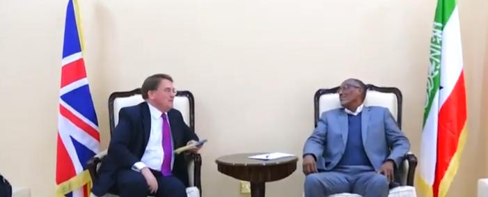 Gudaha:-Madaxweynaha Somaliland oo kulan la qaatay Safiirka Ingiriiska ee dalalka Somaliland Iyo Soomaaliya