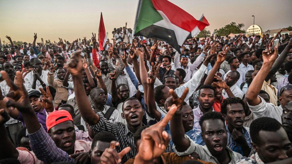 Sudaan:-Wadahadalladii Sudan Oo Dib U Bilaabmaya Iyo Shaqa Joojintii Oo La Soo Afjaray