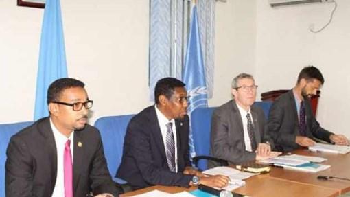 Muqdisho:-Dowladda Somalia oo saxiixday heshiis ku kacaya $ 40 milyan oo dib loogu dhisayo ciidamada Booliiska Soomaaliyeed