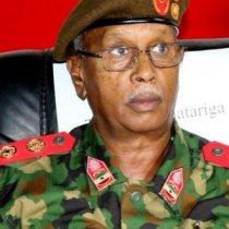 Taliyaha Ciidanka Qaranka Somaliland Oo Dalacsiiyay Qaar Kamida Saraakisha Somaliland.