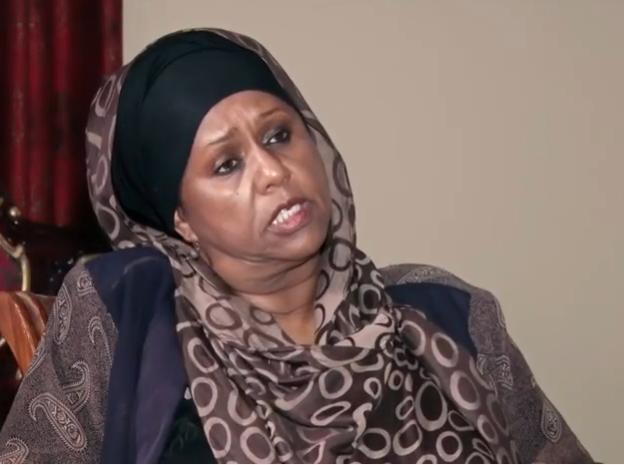 Daawo:-Xildhibaan Foosiya X Aadan Maxay Ka Aamin Santahay Wadda Hadalada Somaliland Iyo Somalia.