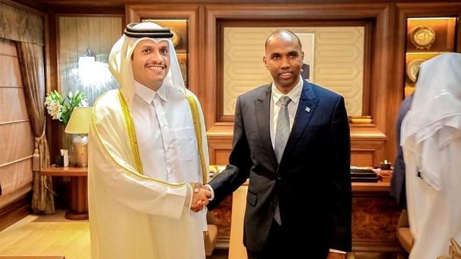 Wasiirka Arrimaha Dibadda ee Qatar oo labo qodob kala hadlay Ra'iisul wasaare Khayre