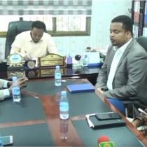 Hargaysa:-Wasiirka Wasaarada Cadaalada Jamhuuriyada Somaliland Oo Maanta Heshiis Cusub La Saxeexday Shirkada Isgaadhsiinta Somtel.