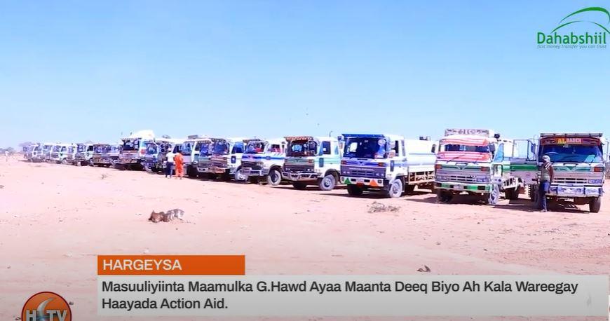 Gudaha:-Masuuliyiinta Maamulka G.Hawd Ayaa Maanta Deeq Biyo Ah Kala Wareegay Haayada Action Aid
