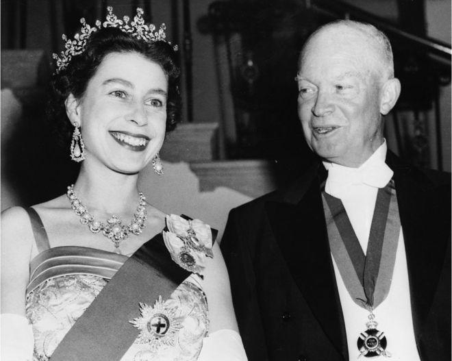 Washington:-Boqran Elizabeth II ayaa la kulantay inta badan 12-kii madaxweyne ee Maraykanka soo maray marka laga reebo Trump.