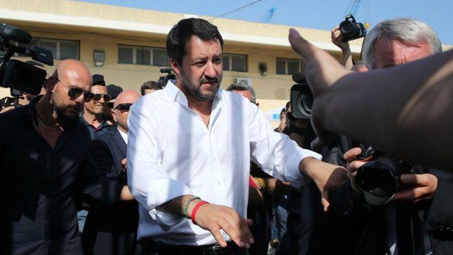 Talyaaniga:-Wasiir Talyaani ah oo dalbaday in la xiro xerada qaxootiga ee Sicily+Sababta.