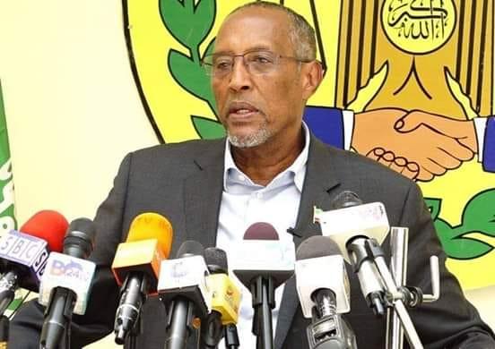 Hargeysa: Daawo Madaxweyne Muuse Bixi Cabdi oo la garnaqsay Hogamiyasha Mucaaradka +Suaalo ay ku karbaasheen Warbaahintu
