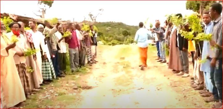 Wasiir Ku Xigeenka Wasaarada Caafimadka Somaliland Ayaa Dhagax Dhigay Xarun Caafimad Oo Laga Dhisaayo Degaanka Gaacidh