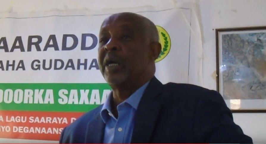 Gudaha:-Wasiirka Arrimaha Gudaha oo Eedeeyey Qaar Kamid Ah Weriyaasha Somaliland