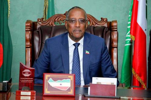 Hargeisa:-Madaxweynaha Somaliland Oo Baaq Nabadeed U Diray Beelaha Walaalaha Ah Ee Dagaalku Ku Dhexmarayo Ceel Af-weyn.