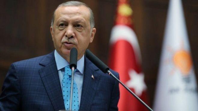 Ankar:-Erdogan oo ku hanjabay in Turkiga uu joojin doono isticmaalka doolarka.