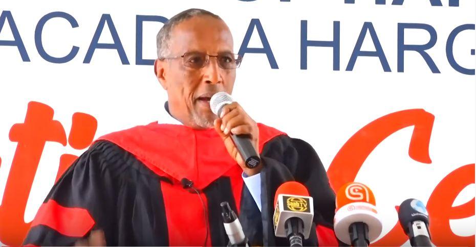 :Madaxwaynaha JSL Muuse Biixi Cabdi Oo Maanta Ka Qayb Galay Xaflada Qalin Jabinta Jaamacada Hargeysa Oo Fariin Adag U Diray Dawlada Somaliya.