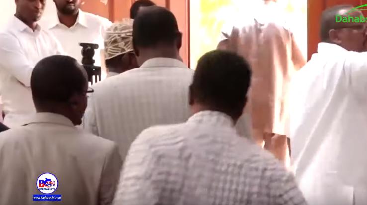 Deg Deg:-Xildhibaanada Ka Soo Jeeda Darafyadda Somaliland Oo Ka Baxay Golihiii Wakiilada