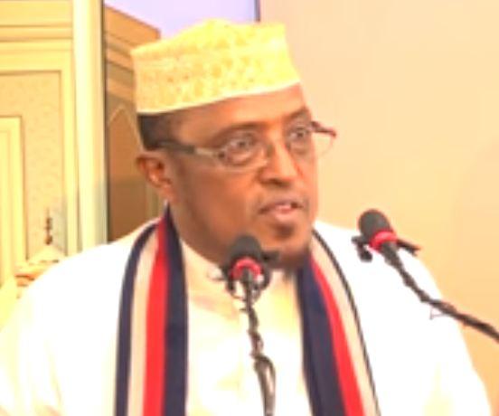 Muxaadaro: Daawo Sh Maxamed Cumar Diri oo ka jawaabay Su'aalo ku saabsan Soonka iyo Bisha Ramadaan