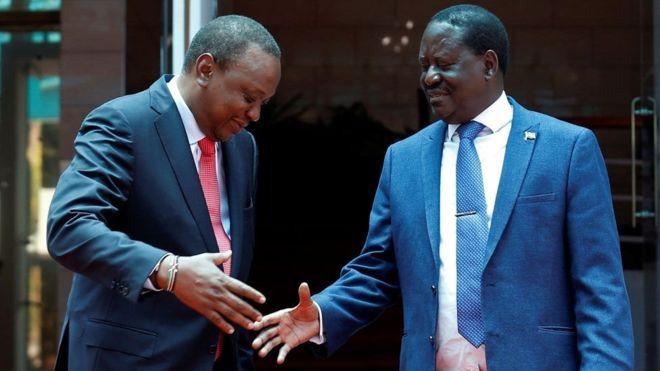 Kenya:- Uhuru Kenyatta iyo Raila Odinga oo ballanqaaday dib u heshiisiin.