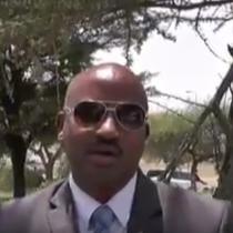Daawo;Safiirka Ee Ufidhiya Safarada Australia Somaliland Maxamed Ismacil Xusen Oo Sheegay Inay Abwaan Hadraawi U Qaadayaan Dalkaasi.