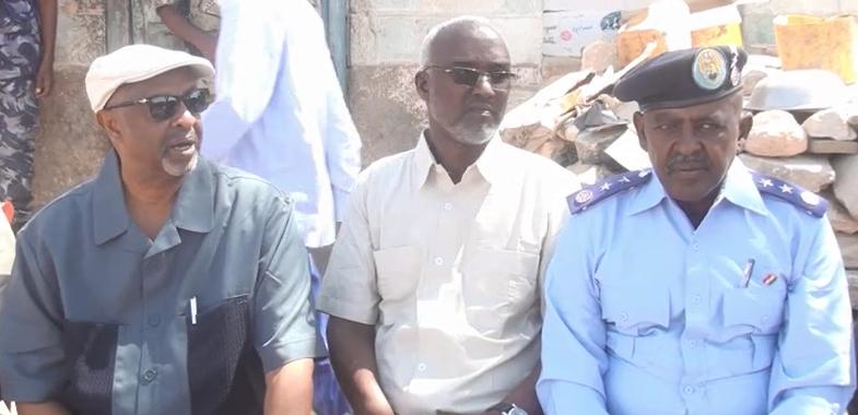 Ceelafweyne:- Wasiirka Arimaha Gudaha Somaliland OO KULAN Laqatay Shacabka Magaalada Celafwayn Iyo Qodobada Ka Soo Cabaxay.