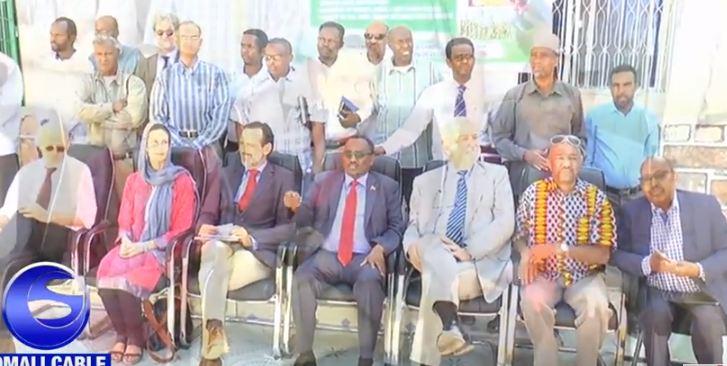 Hargeisa:- Wasiirka Beeraha Somaliland Axmed Muumin Seed Oo Qaabiley Wafti Balaadhan Oo Kasocda Hayada Foa Iyo Arimaha Ay Ka Wada Hadleen.