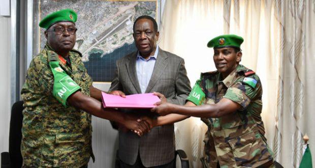 Uganda oo la wareegtay hoggaanka Taliska ciidanka Midowga Afrika Amisom