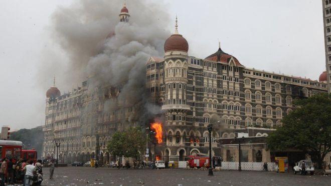 Wadaad loo heysto weerarkii Mumbai oo xabsi guri laga siidaayay