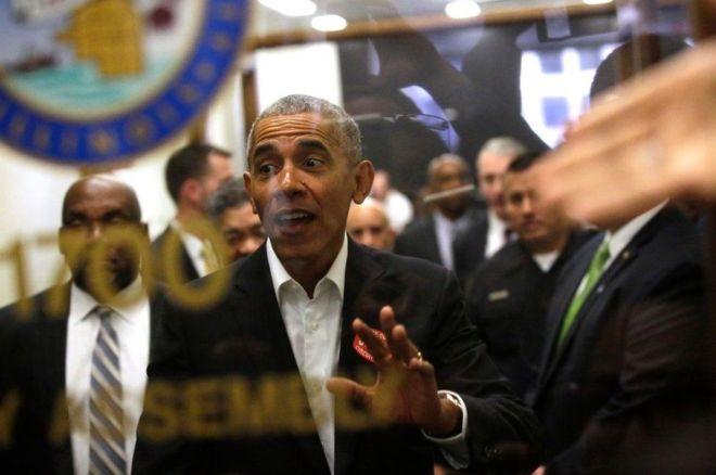 Obama oo xeer-beegti ku biiray balse shaqada laga diray !