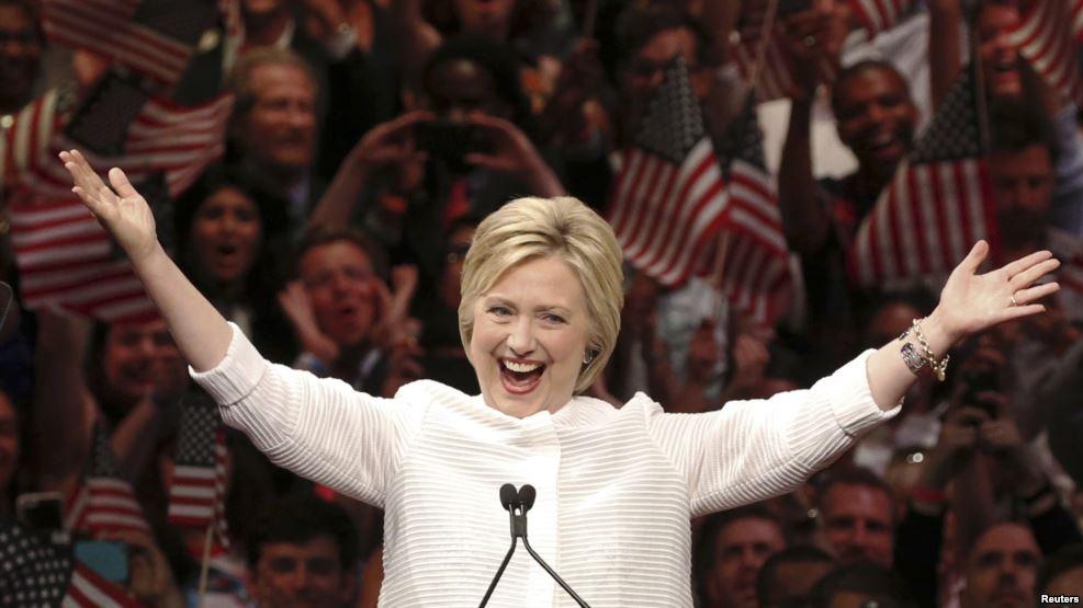 Xisbiga  Dimuqraaddiga oo si Rasmi ah u Xushey Hillary Clinton