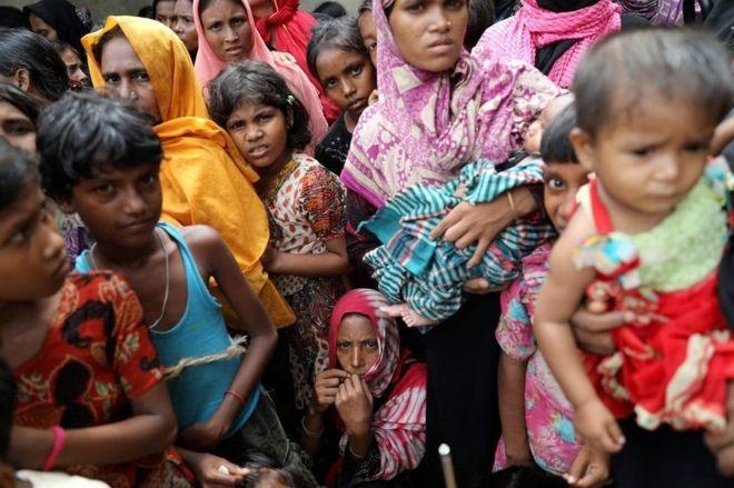 Dalka Myanmar waxaa lagu dilay 6700 oo qof oo Rohingya ah