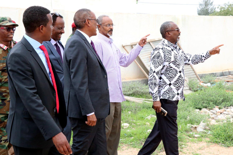 Hargeisa:- Madaxweyne Muuse Biixi oo Kormeeray Xarunta Wasaaradda Warfaafinta, Khudbad Muhiim ahna Jeediyey.