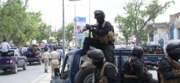 Isu-socodka Muqdisho oo la joojiyey, Al-Shabaab oo Hanjabtay & Goobtii Doorashada Madaxweynaha oo la beddelay