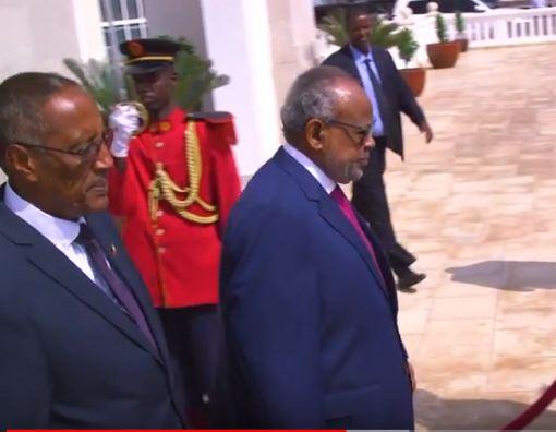 Daawo: Dawladda Djibouti oo Dal u aqoonsatay Somaliland Iyo Wasiirrada arrimaha Debeda Labda Dal oo kawarramay kulanka madaxweynayaasha