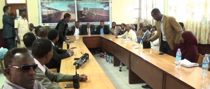 Daawo:Madaxweyne Ku Xigeenka Somaliland Oo Kulan La Qatay Golaha Deegaanka Hargaysa Iyo U Jeedooyinkii Laga Wadda Hadlay.