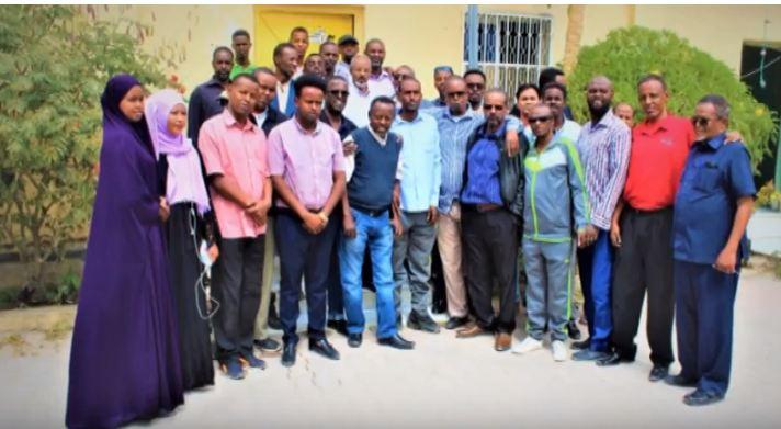 DAAWO Wasiirka Warfaafinta Somaliland Oo Booqasho Ku Tagey Xarunta Wargeysyada Dawan Kulana La Qaatay Shaqaalah.