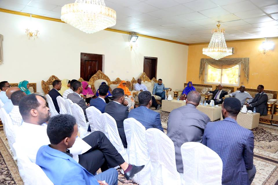 Hargeisa:-Madaxweyne-ku-xigeenka Somaliland oo Kulan La Qaatay Madaxda Ururrada Bulshada Rayidka ah Ee Somaliland+Arima Ay Ka Wada Hadleen.
