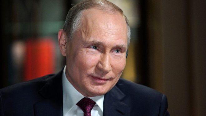 Ruushka:- Putin oo amray in lasoo rido diyaarad ay saarnaayeen 110 qof oo rayid ah + Sababta.