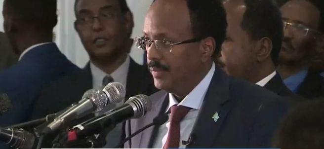 Daawo: Khudbadii Madaxweynaha Cusub Ee Soomaaliya ka Jeediyey Calemo saarkisa Oo uu Kaga Hadlay Wada-hadalladii Somaliland Iyo Soomaaliya.