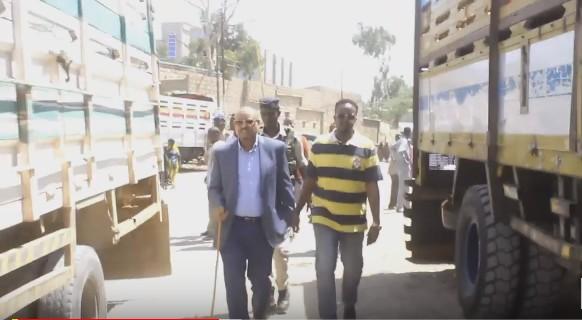 Daawo;Faysal Cali Waraabe Oo Booqday Dugsi La Sheegay In Xukuumada Somaliland Iibisay Iyo Nuxurka Khudbada Uu Ka Jeediyey