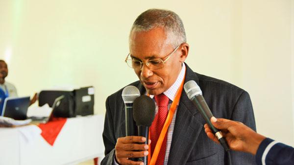 Madaxtooyada Somaliland Oo Qorshaynaysa In Wasiir Sacad Cali Shire ...