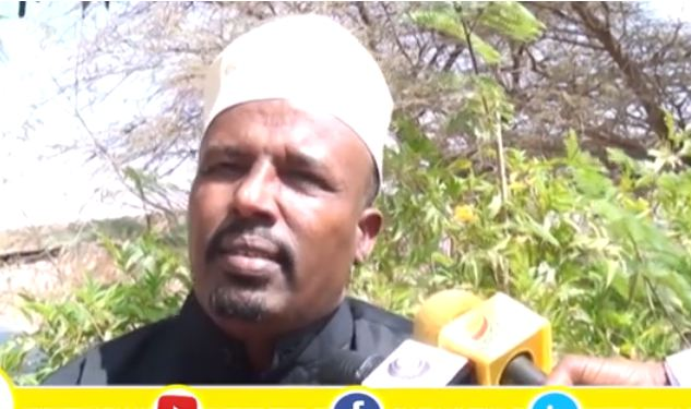 DAAWO Suldaaan Mawliid Sabayste Oo Salaadiinta Somaliland Ugu Baaqay Inay Siyaasada Iskaga Baxaan.