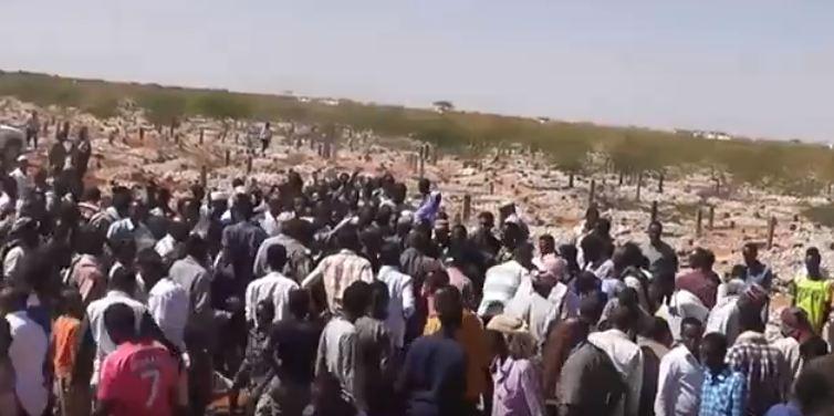Daawo Muqaal:Mid Ka Mida Sariikasha Ciidanka Milatariga Oo Aas Qaran Lagu Sameeyay Magalada Burco