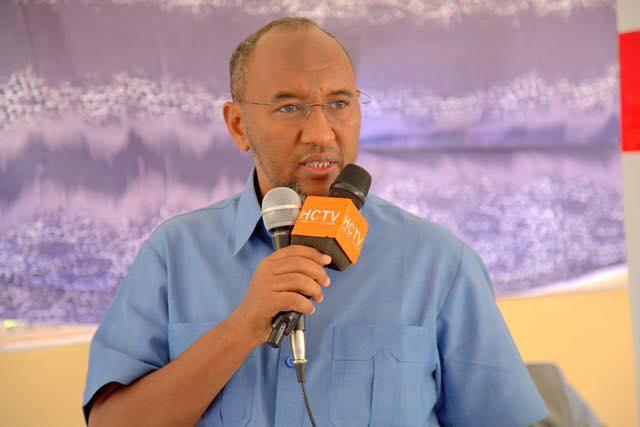 Daawo:Hogaamiyaha Xisbiga Waddani Oo Ka Hadley Saldhiga Military Ee Imaaradku Ka Sameysanaayo Magaalada Berbera