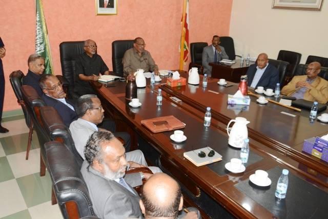 Daawo Sawirada:Kulankii Dhex Maray Hogaamiyaasha Asxaabta Qaranka,Gudida Doorashoyinka Iyo Madaxweynaha Somaliland