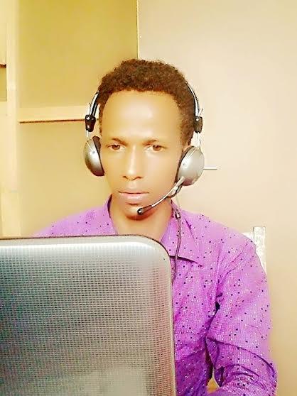 FACEBOOK-ga Ayay Ku Jirraan! W/Q: Mohamed Hassan Daacad.