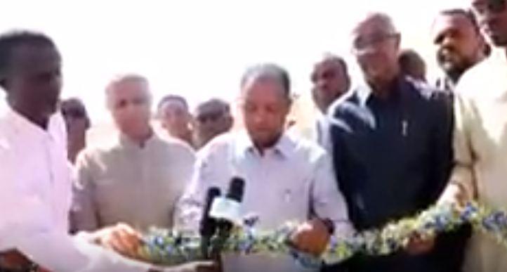 Daawo:Wasiirka Wasaarada Caafimaadka Ee Somaliland Oo  Xadhiga ka jaray Cisbitaalka Guud Ee Magaalada Caynabo