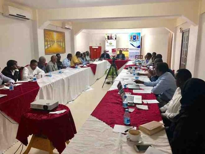 Somaliya:- Kulamo Ku Saabsan Isgaadhsinta Oo Ka Socda Magalada Muqidisho Iyo Halka U Ku Danbeeyay Halka Isgaadhsintu Marayso.