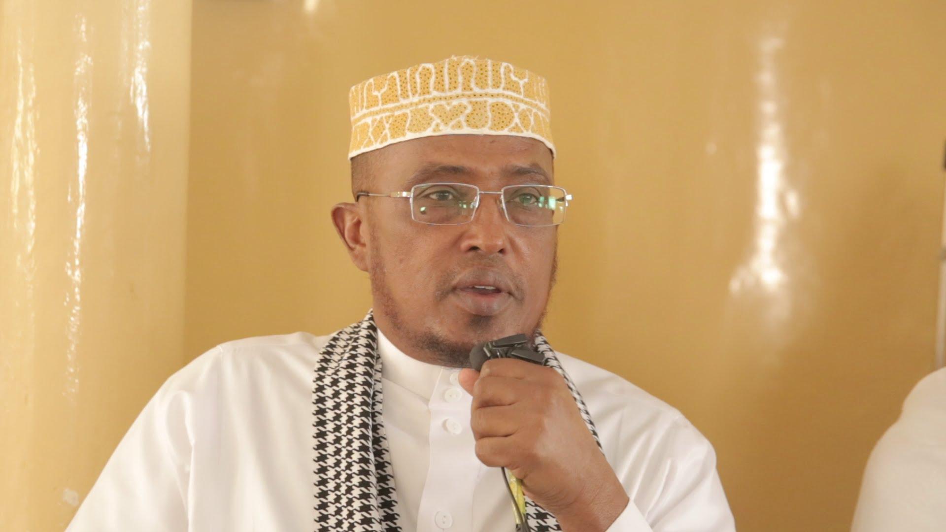Daawo:Sheekh Maxamed Sheekh Cumar Dirir Oo Ku Baaqay In Dadka Abaaruhu Saameeyn Loo Gurmado
