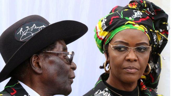 Xaaska Mugabe oo Zimbabwe ku laabatay iyadoo tacaddiyo loo haysto