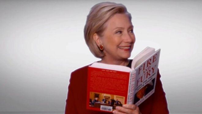 Trump oo ka xumaaday Clinton oo akhrisay buugga laga qorey isaga