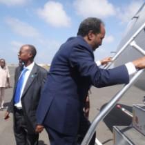 Daawo:Madaxweynihii Hore Ee Somaliya Oo Maanta Ka Dhoofay Magaalada MUQDISHO,Fariina Hawada U Mariyay Shacabka Somaliya.